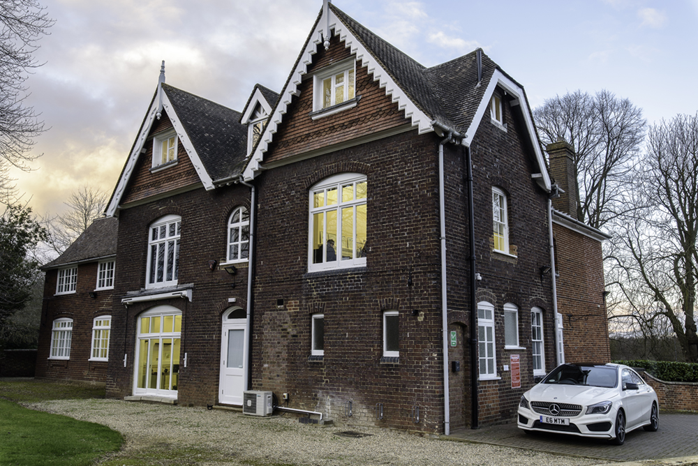 West Common, Harpenden, AL5